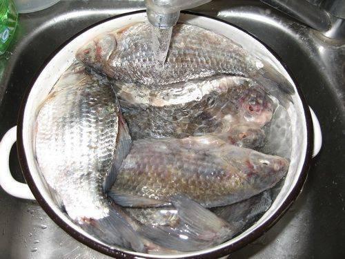 Как вымачивать соленую рыбу: способы и советы, полезная информация | кулинарный портал
