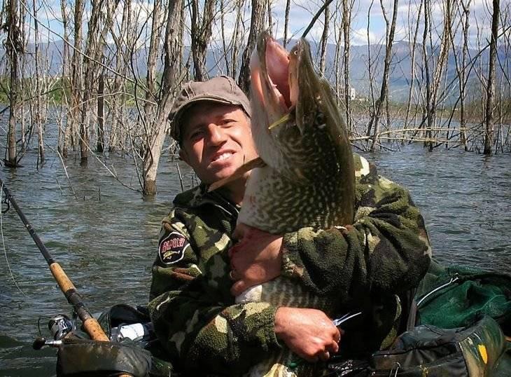 Ловля щуки: как ловить, на что клюет, приманки, снасти и способы ловли щуки