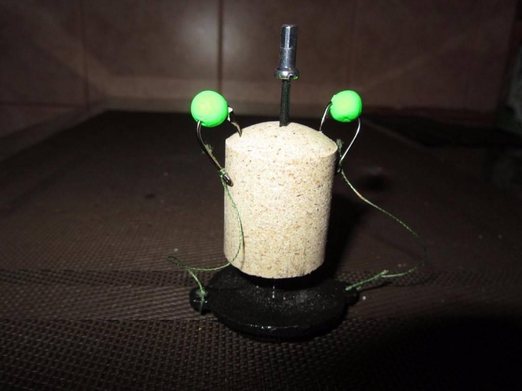 Ловля на технопланктон (31 фото): снасти для ловли толстолобика на планктон, оснастка с поплавком для ловли рыбы со дна, правильный монтаж