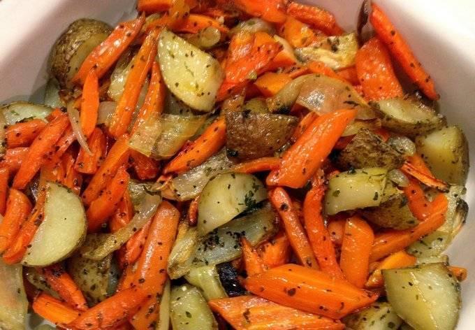 Рыба тушеная с овощами в мультиварке (рецепт и советы по приготовлению)