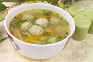 Суп с сырными фрикадельками – кулинарный рецепт
