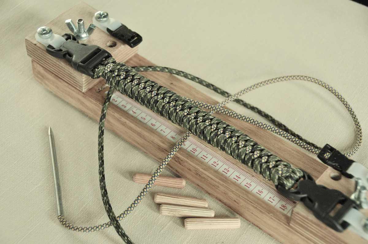 Схемы плетения браслета из паракорда своими руками с застежкой и без нее