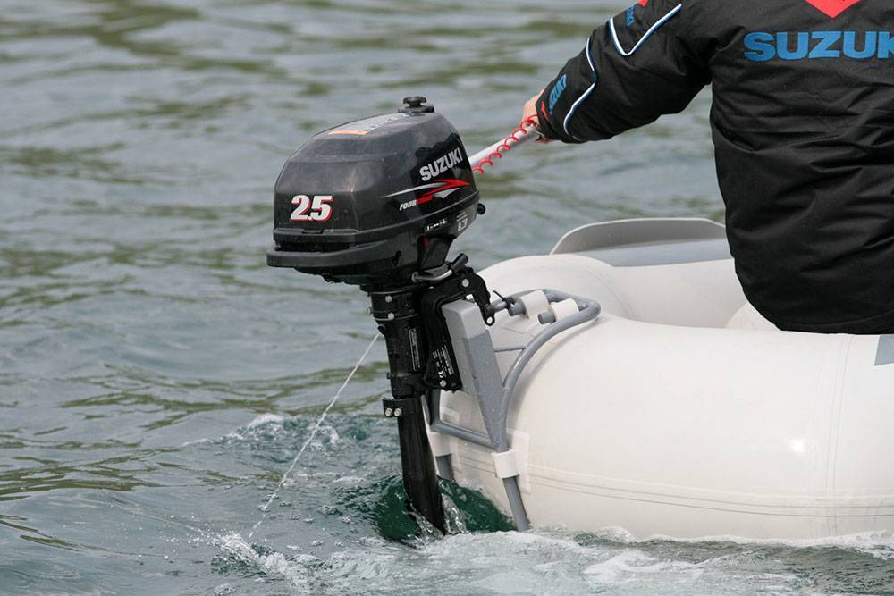 10 лучших лодочных моторов - рейтинг 2020