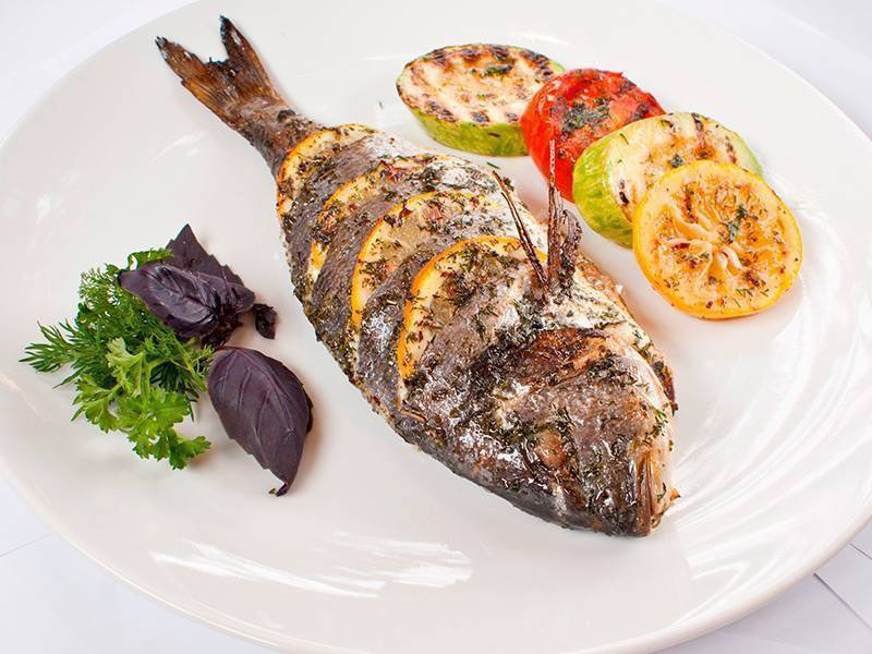 Морской окунь на гриле: (рецепт приготовления рыбы и маринада)
