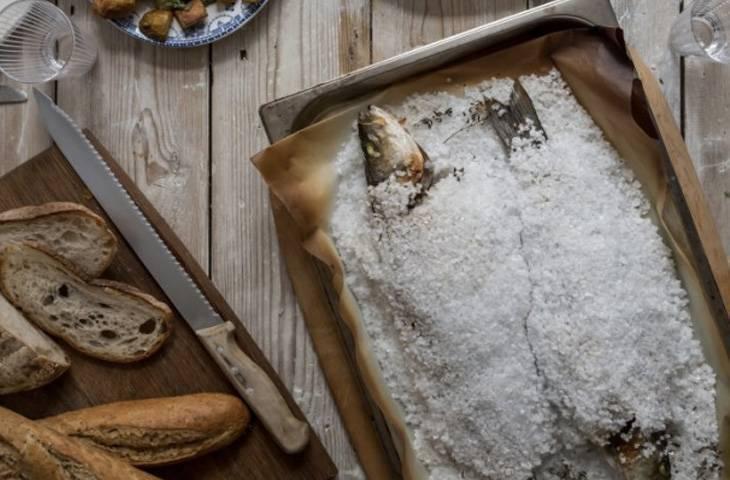 Приготовление рыбы в соли