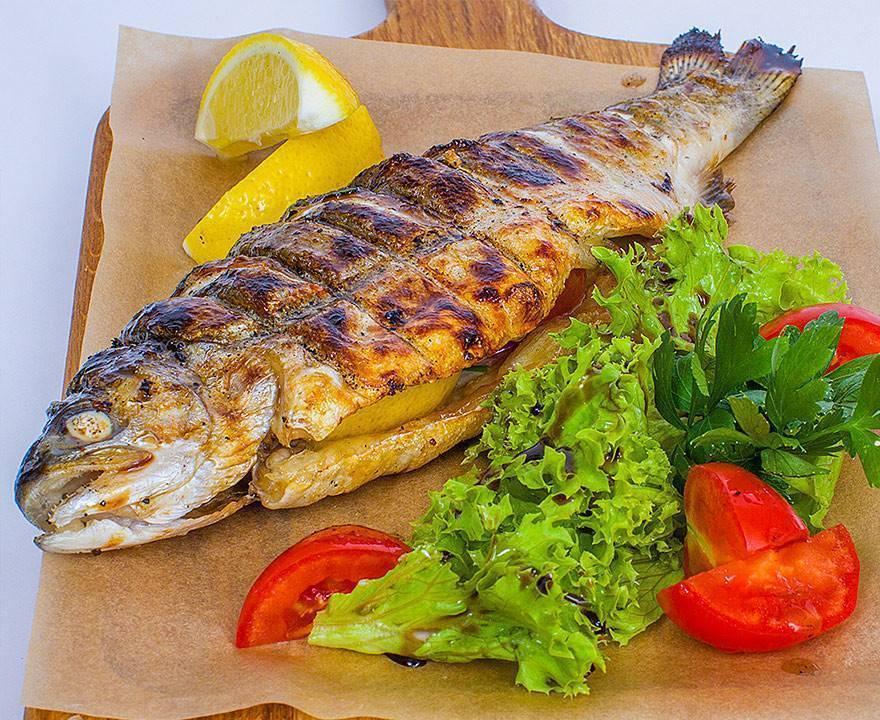 Приготовить рыбу на мангале на решетке