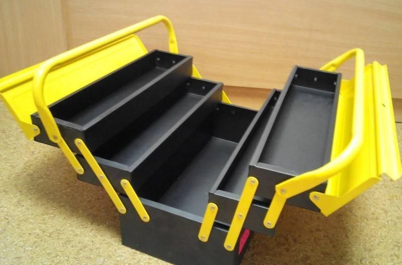 Ящик для инструментов своими руками (30 фото): как его сделать из фанеры? чертежи металлических ящиков на колесах с замком. направляющие для инструментальных ящиков