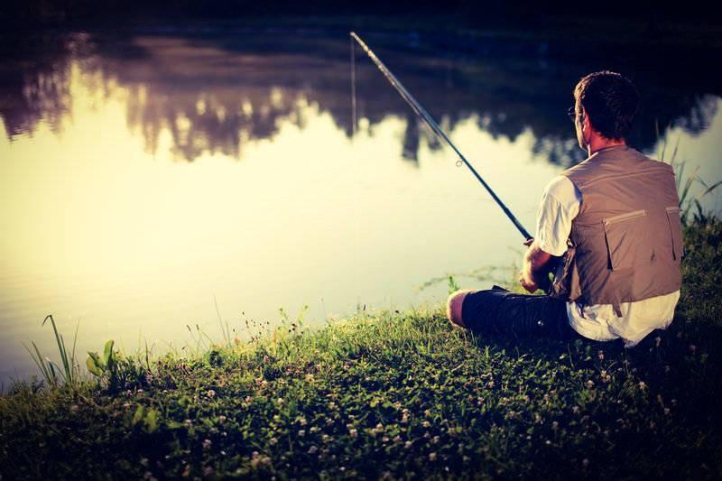 При рыбной ловле в траве нужен нестандартный подход, но успеха добиться можно