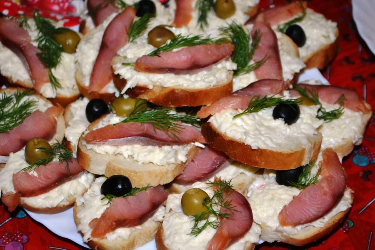 Бутерброды с красной рыбой - королевская еда доступная каждому: рецепты с фото и видео