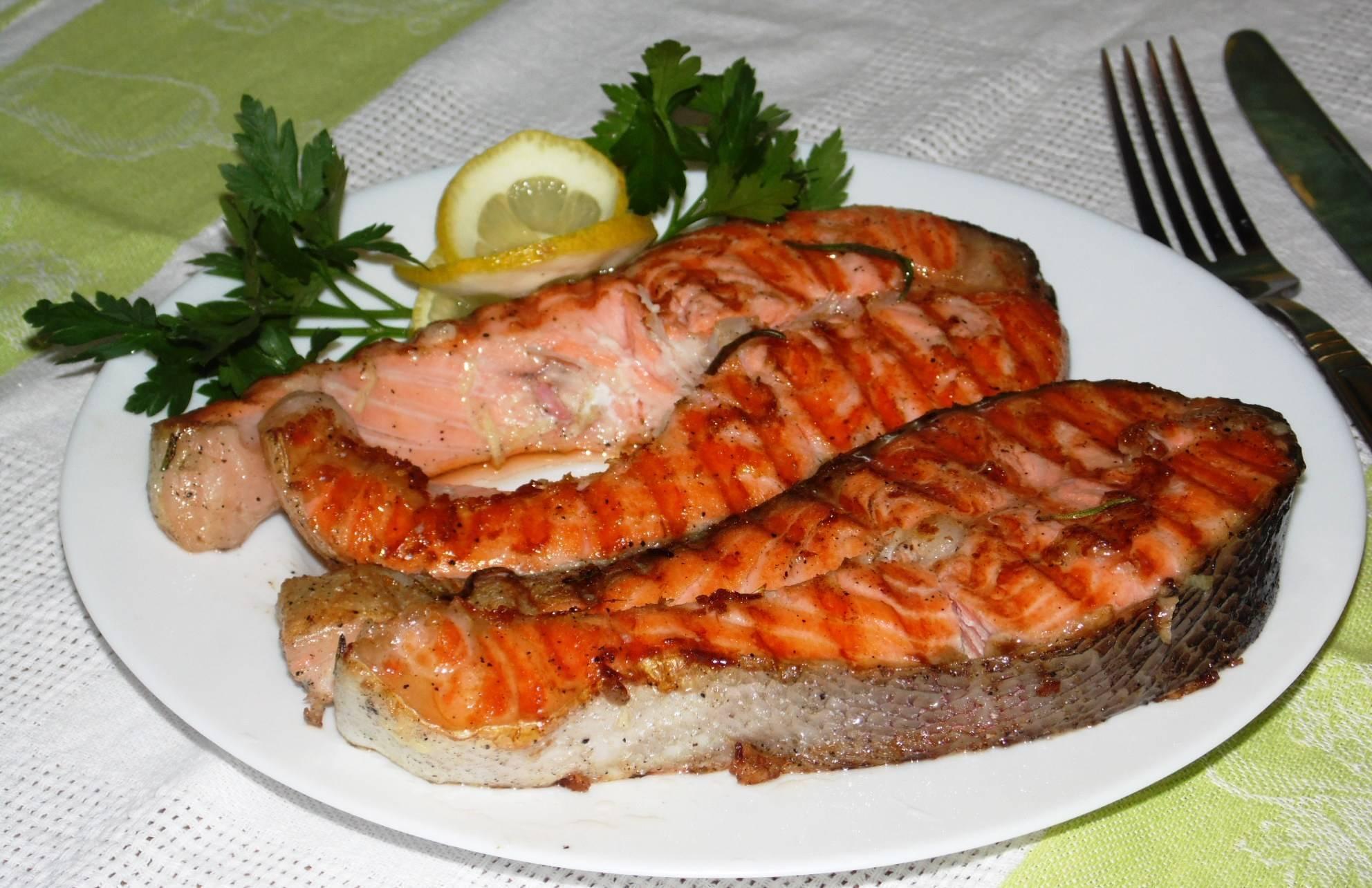 Форель: польза и вред, рецепты приготовления с фото, калорийность