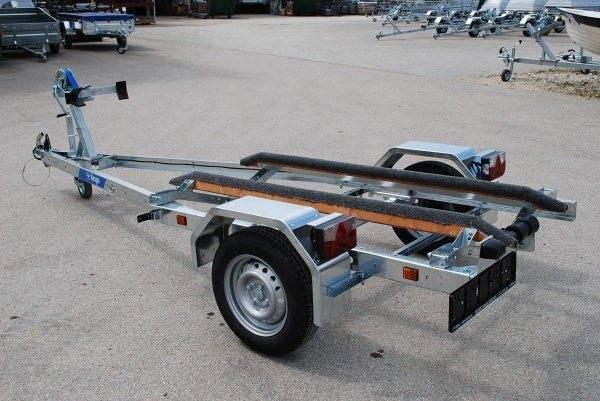 Недорогие прицепы для перевозки моторной лодки