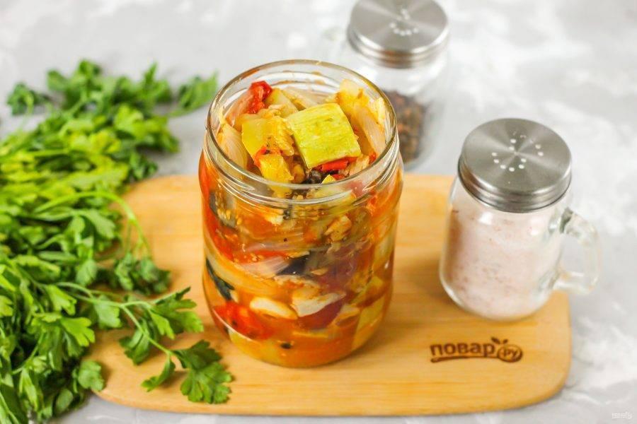 Скумбрия с овощами на зиму: простые рецепты