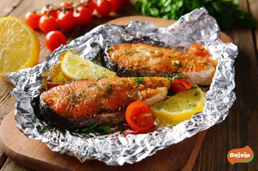 Рыба в фольге (1000 рецептов с фото) - рецепты с фотографиями на поварёнок.ру
