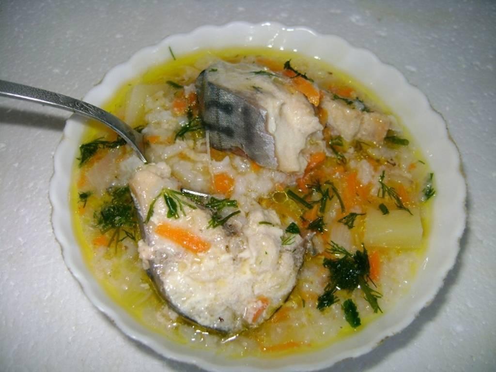 Суп из скумбрии – отличный вариант обеда для всей семьи: рецепт с фото и видео