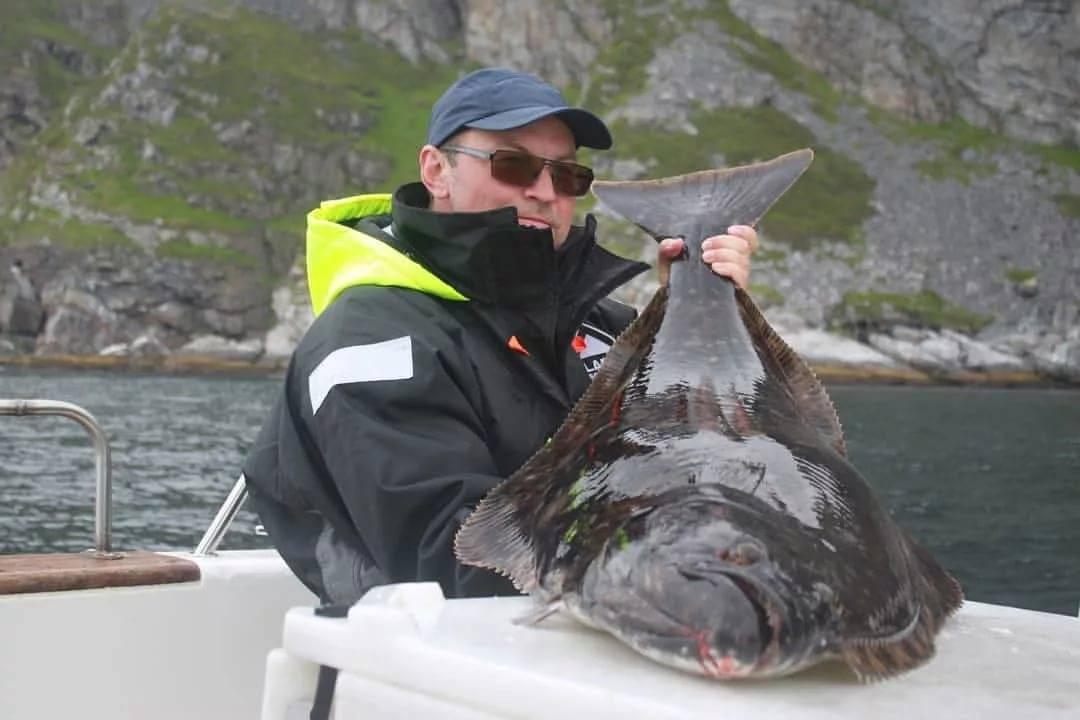 Освоение новых методов ловли палтуса на севере норвегии. 23-30.06 2019 поймано 20 палтусов.
