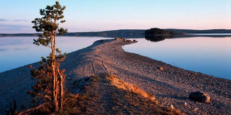 Отдых в карелии на берегу озера - изба ювалакша