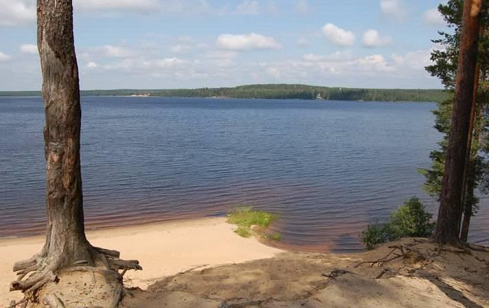 Озеро уловное