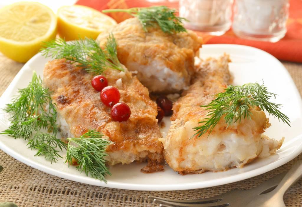 Карась в духовке – 10 простейших рецептов вкусного запекания