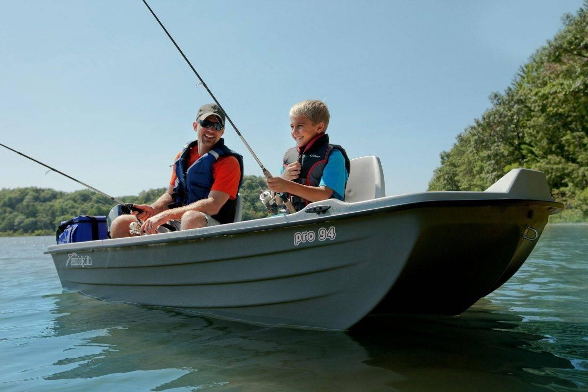 Лодка пвх под мотор 5 л.с. - как выбрать, рейтинг лодок и их цены