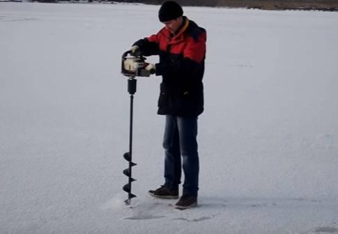 Как выбрать ледобур для зимней рыбалки. советы профессионалов + видео
