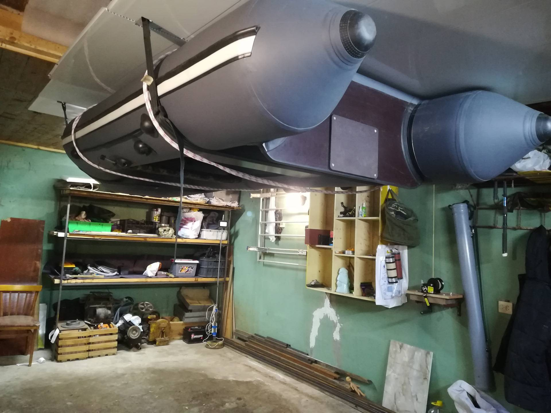 Хранение лодочного мотора зимой