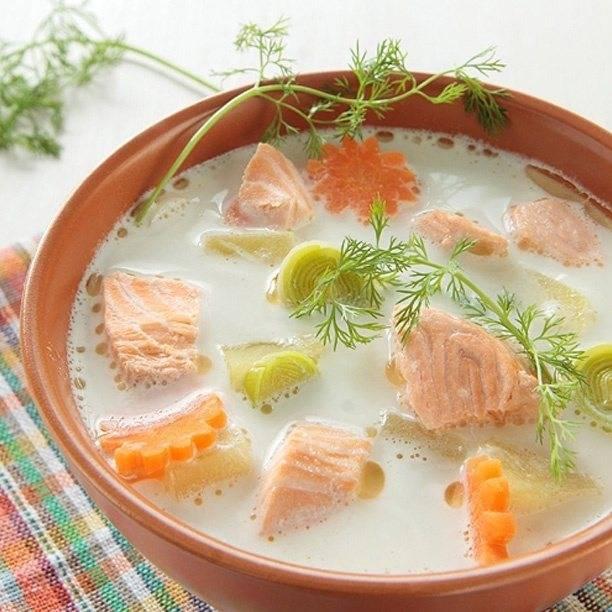Уха из семги (10 рецептов с фото) - рецепты с фотографиями на поварёнок.ру