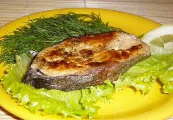 Как приготовить рыбу зубатку, целиком и стейки, в духовке и на сковороде