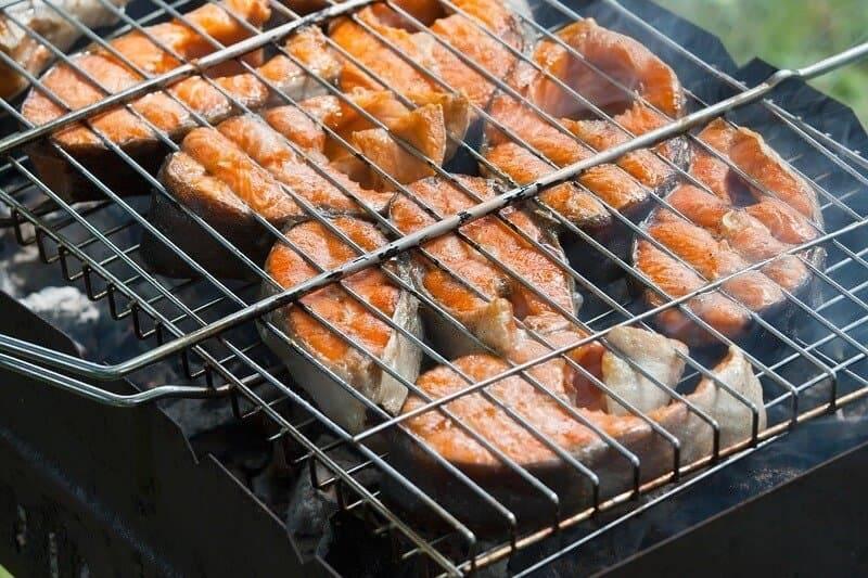 Шашлык из рыбы на шампурах на мангале: как приготовить на углях, рецепты
