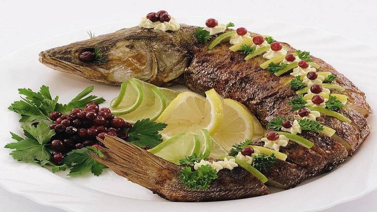 Фаршированная рыба -основные правила и рецепты приготовления
