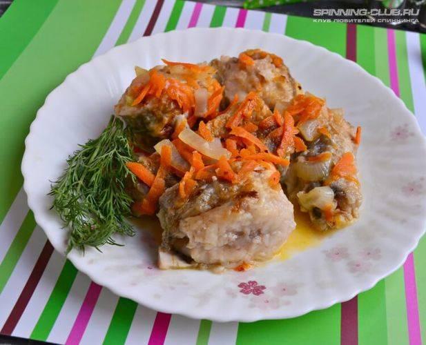 Тушеная рыба с морковью и луком по простому пошаговому рецепту с фото