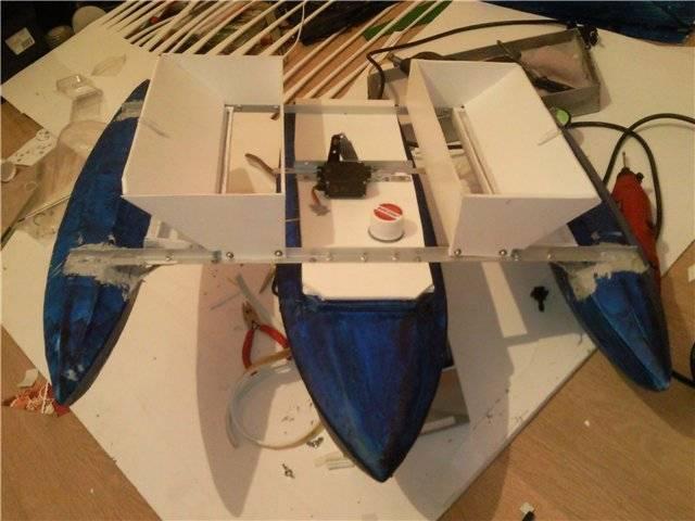Кораблик для завоза прикормки - как сделать своими руками и как использовать