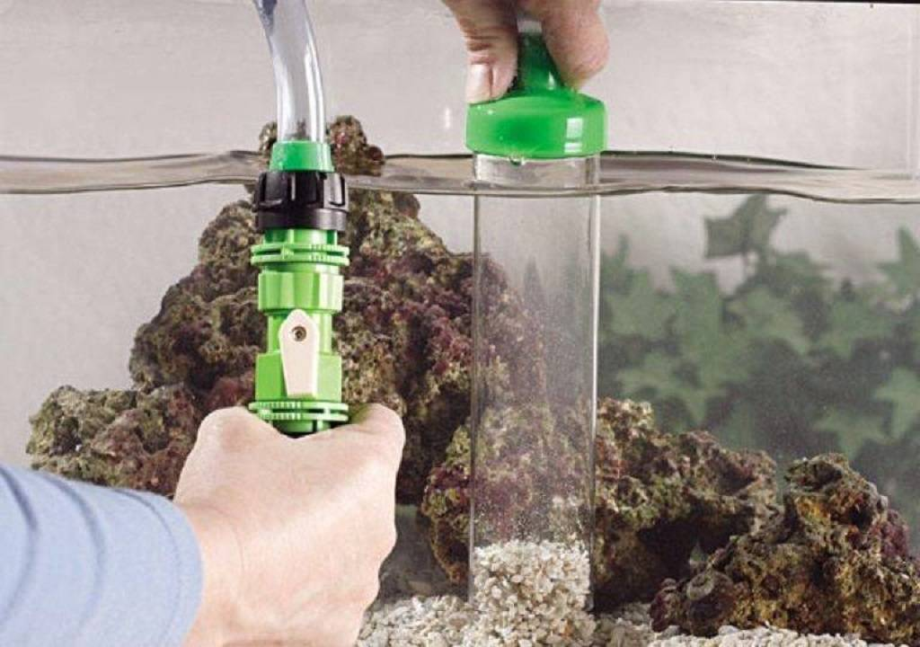 Изготовление сифона для аквариума своими руками и как им пользоваться