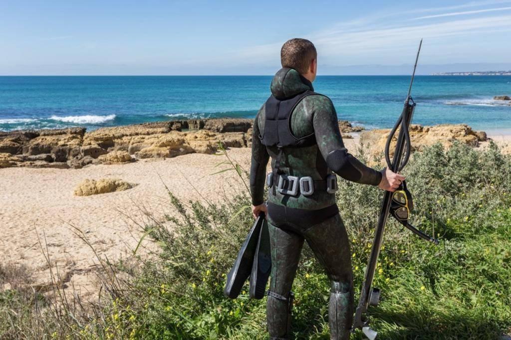 Гидрокостюм для подводной охоты: на что нужно обращать внимание при выборе