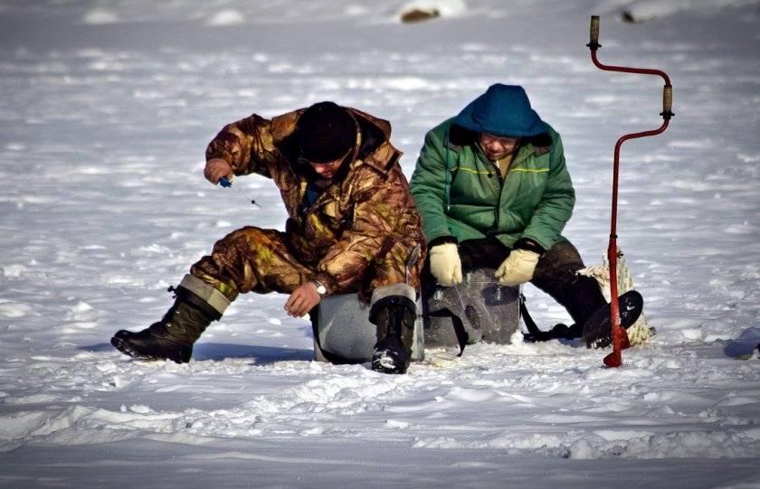Ловля карася по первому льду – интересная рыбалка для настойчивых рыболовов
