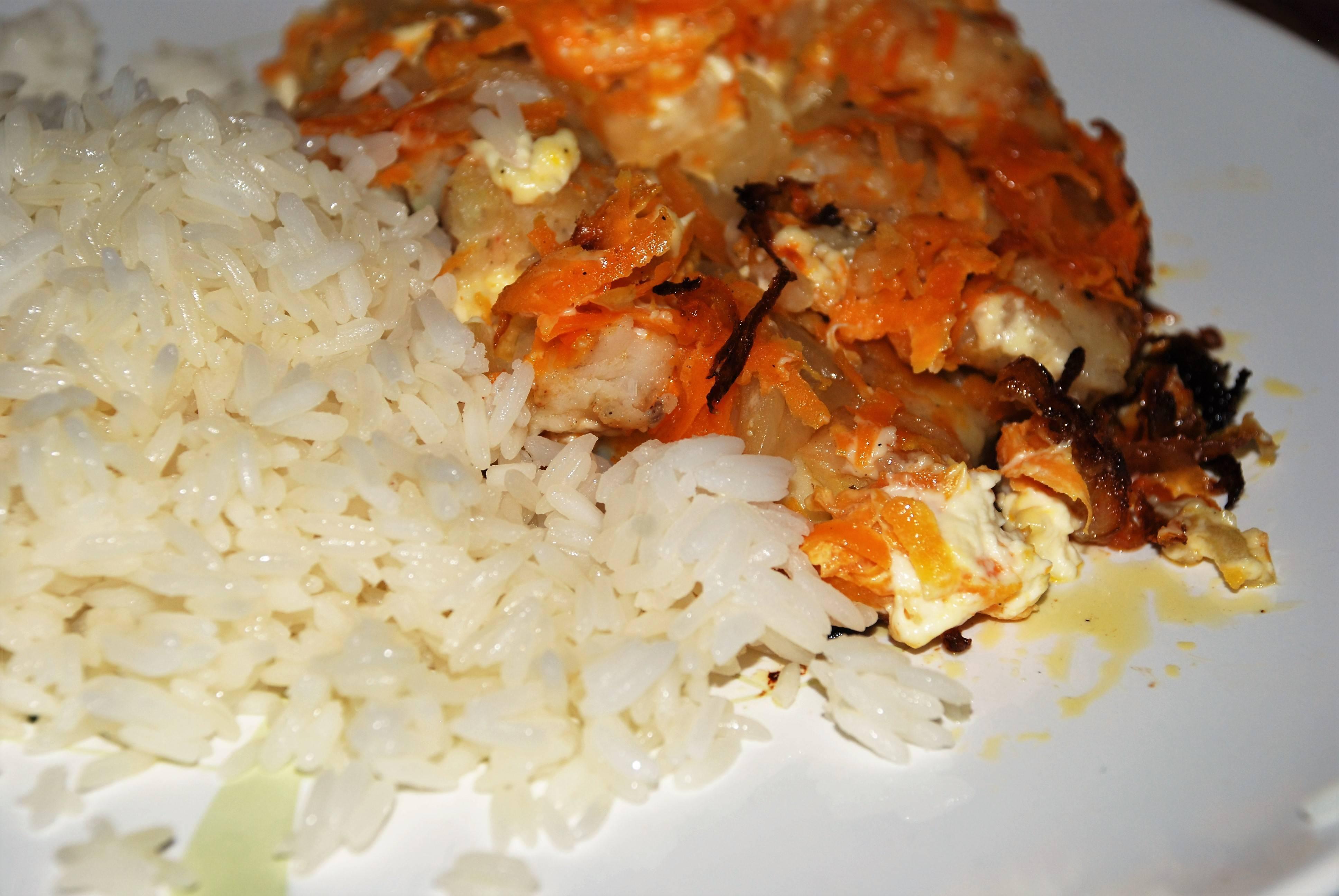 Отличный вариант лёгкого и полезного ужина – рыба с овощами в мультиварке