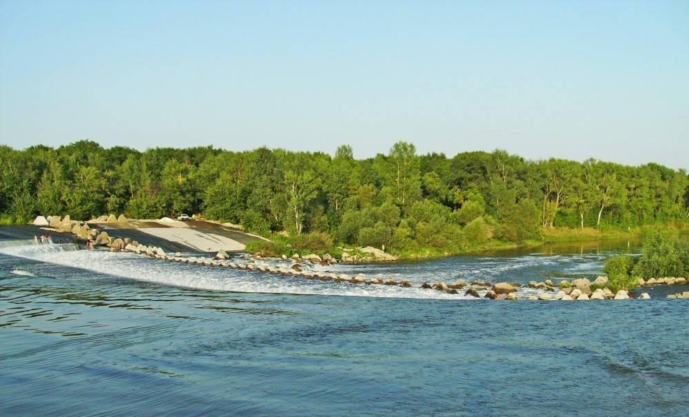 Река волга к бассейну какого океана относится?