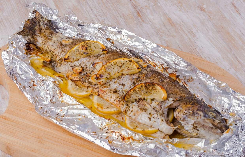 Радужная форель, запеченная в духовке: топ-7 проверенных рецептов