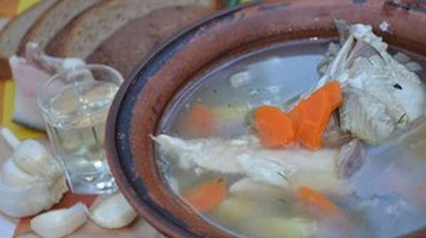 Рыбный обед или как готовить уху из щуки с пшеном
