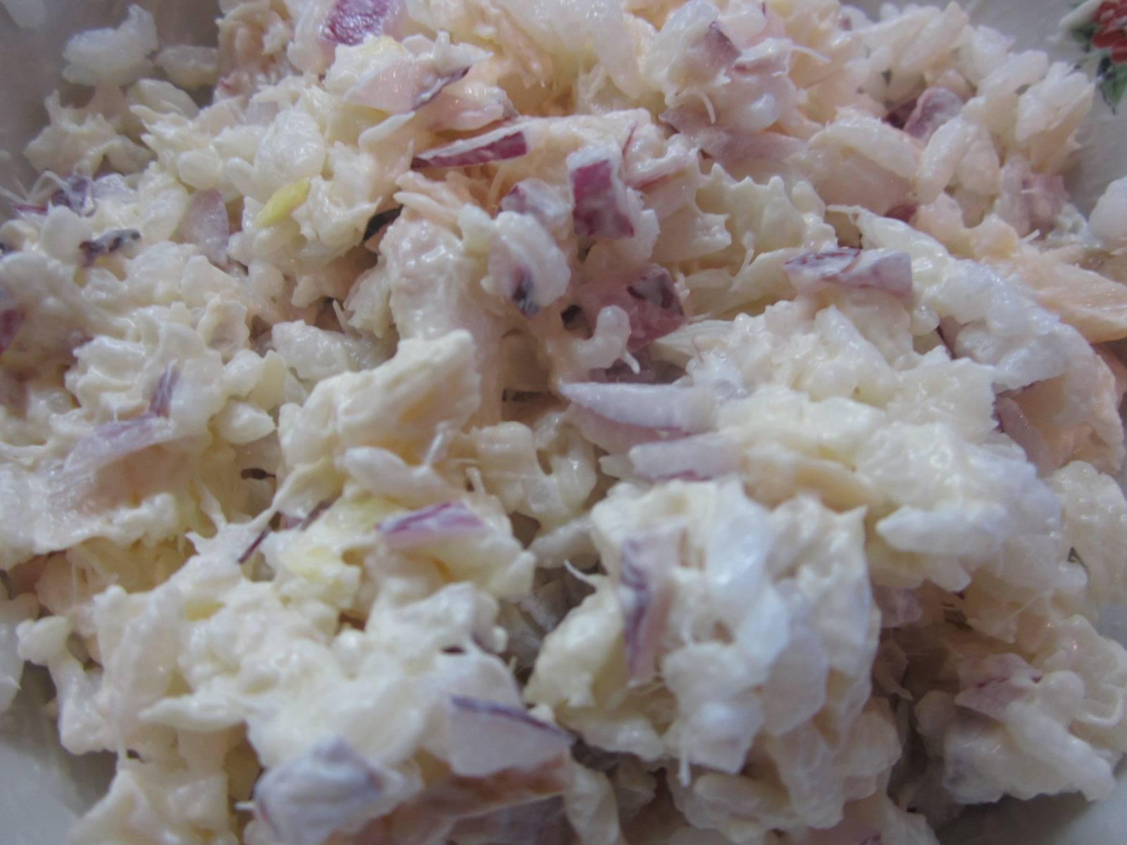 Вкуснейший салат с копченой рыбой - готовим дома