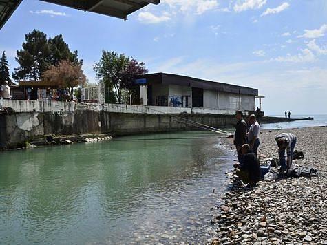 Рыбалка в сочи, морская и на озерах, рыбы и рыболовные базы