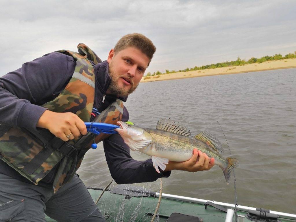 Хитрости ловли мирной и хищной рыбы на небольшом озере