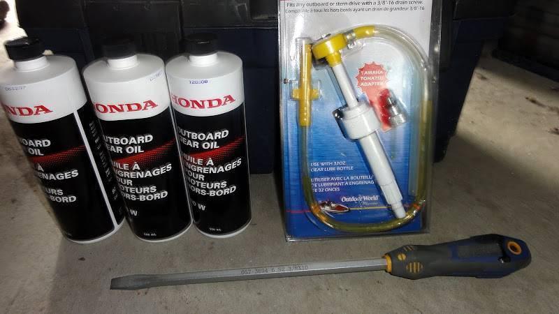 Когда в вашем лодочном моторе нужно менять масло