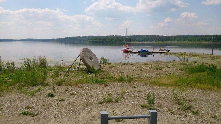 Озеро чебаркуль, челябинская область. базы отдыха, рыбалка, погода, челябинский метеорит, отзывы, фото и видео, как добраться — туристер.ру