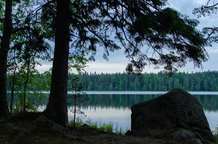 Глубокое озеро