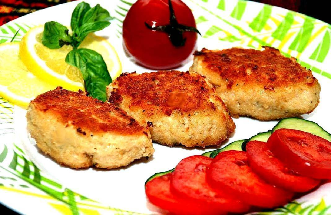 Рыбные котлеты из леща с костями — оригинальное блюдо. вкусный обед: котлеты из леща.