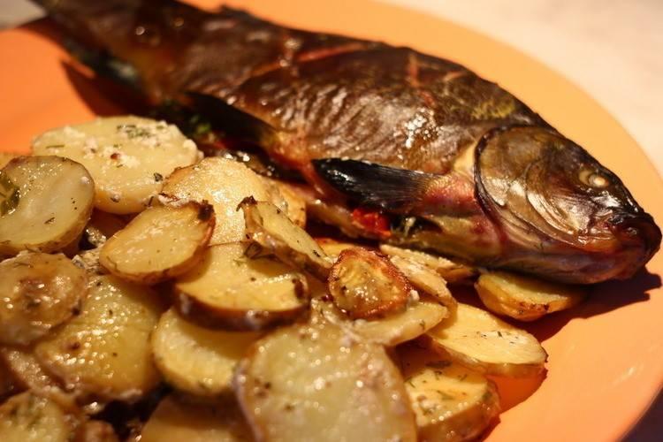 Линь в духовке - вкусные блюда