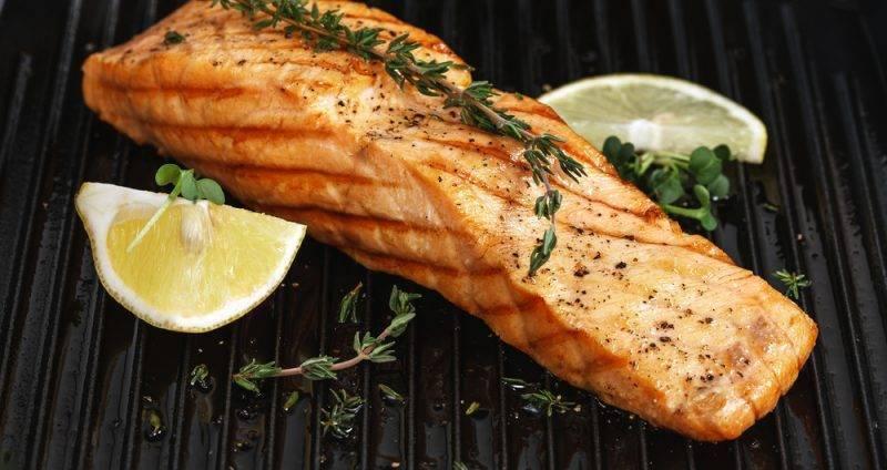 Стейк лосося на углях рецепт с фото - 1000.menu