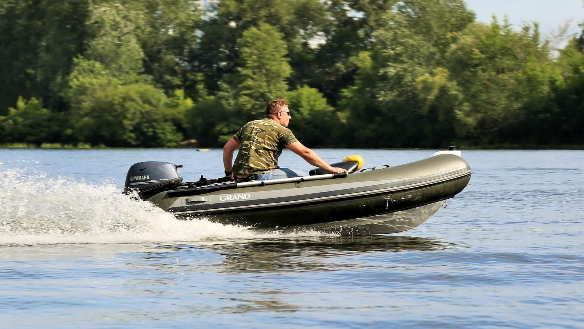 Пластиковые лодки под мотор — преимущества и недостатки